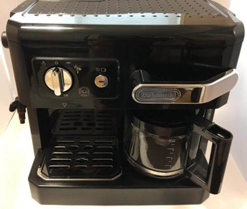 デロンギコーヒーメーカーの写真