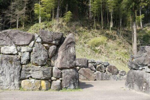 ishigumi-stone