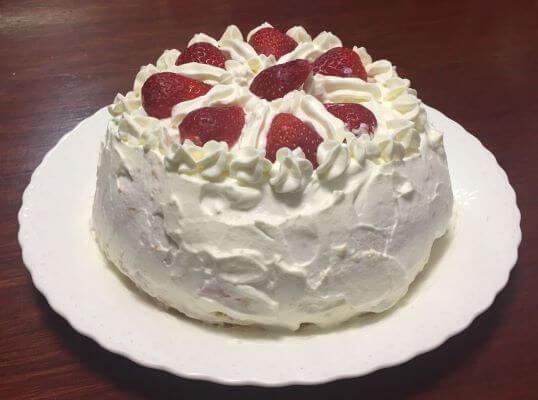ショートケーキ食卓1
