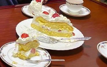 ショートケーキ食卓3
