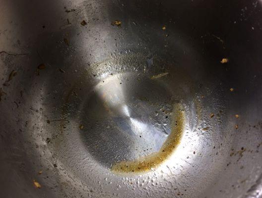 18ステンレス製内鍋で作った豚もやし炒め鍋底