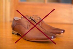 ヌメ革の革靴はNG