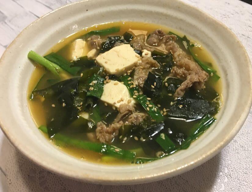 牛肉とニラの韓国風スープアイキャッチ