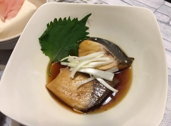 ぶりの酢煮食卓